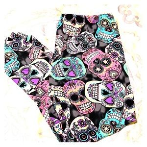 🍭Day of the dead colorful leggings🍭